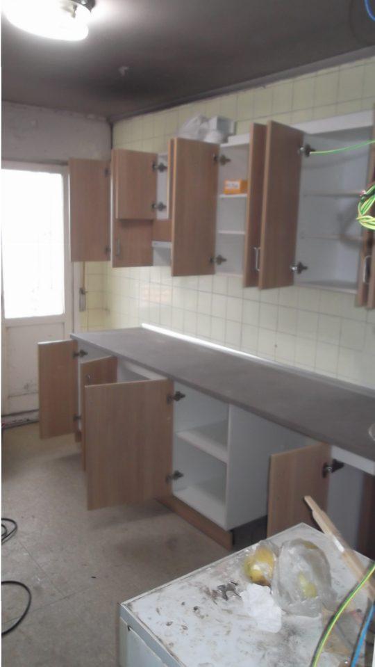mueble-cocina-melamina-abierto-carpinteria-zaballa-bizkaia