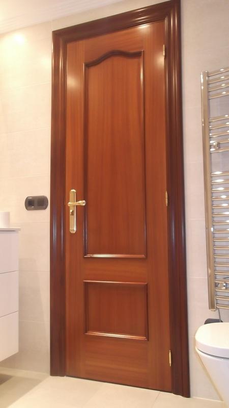 puerta-bano-sapely-carpinteria-zaballa-txorierri
