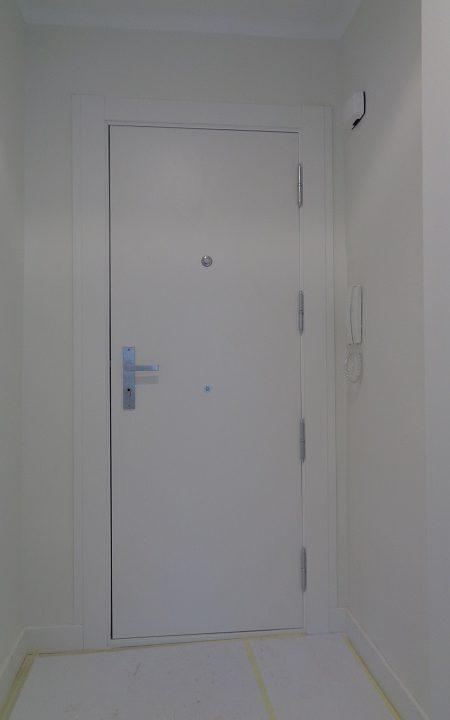 puerta-blindada-blanca-2018