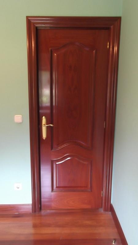 puerta-capilla-viselada-carpinteria-zaballa