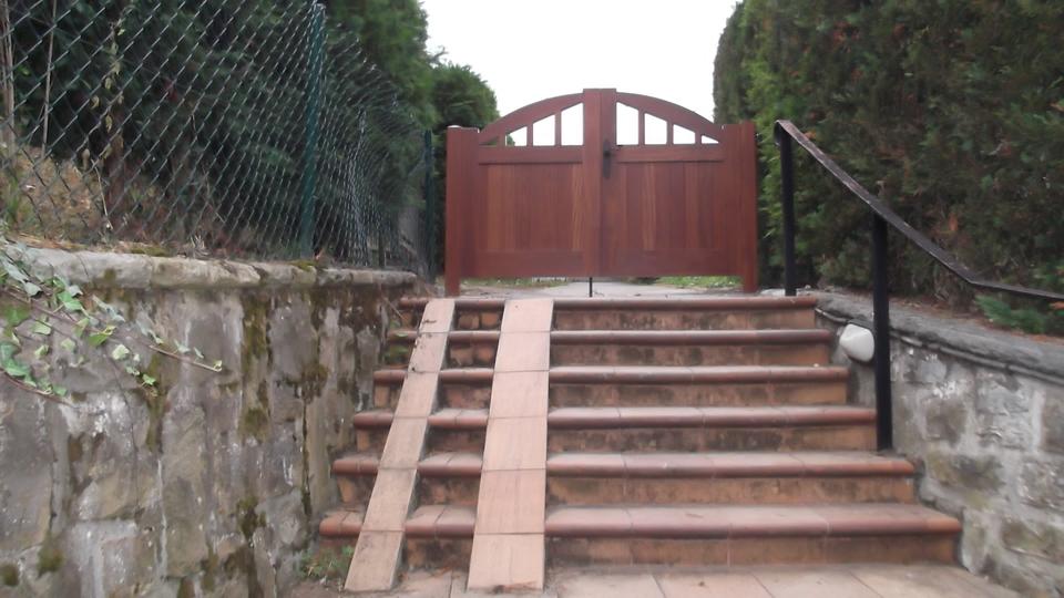 puerta-exterior-carpinteria-zaballa-bizkaia
