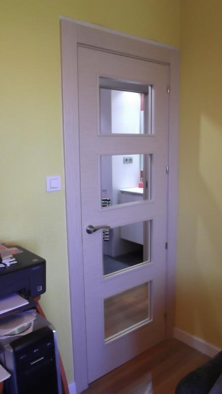 puerta-haya-vidriera-carpinteria-zaballa