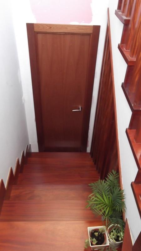 puerta-lisa-sapely-carpinteria-zaballa-bilbao