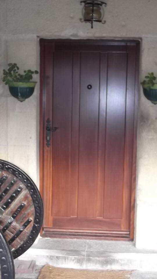 puerta-maciza-carpinteria-zaballa-sondika