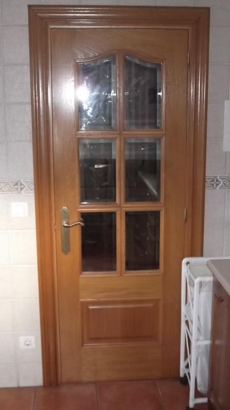 puerta-roble-vidriera-carpinteria-zaballa-sondika