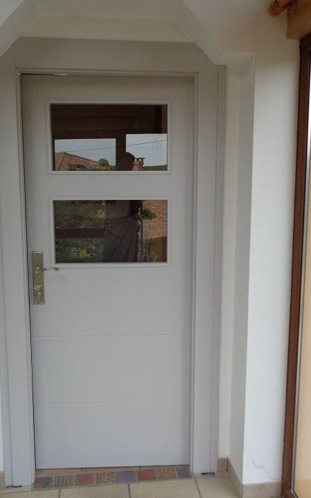 puerta-vidrio-blanca-2018