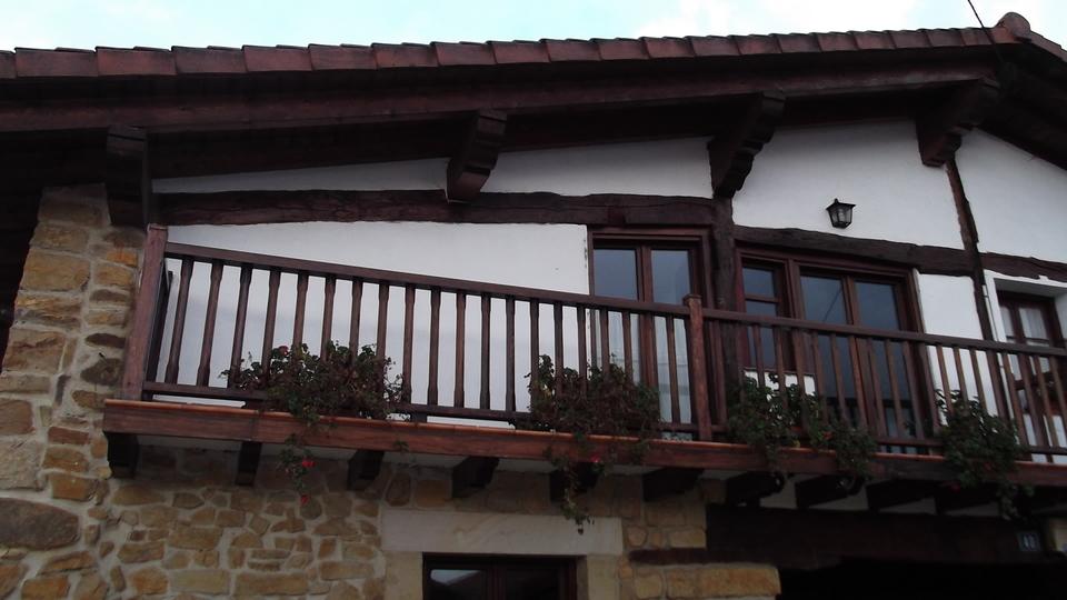 ventana-balconera-carpinteria-zaballa