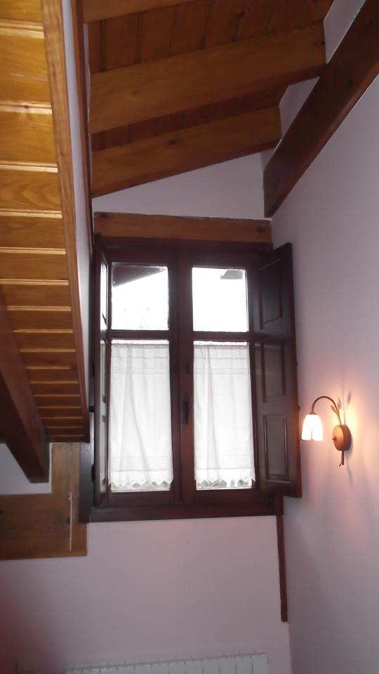 ventana-maciza-carpinteria-zaballa