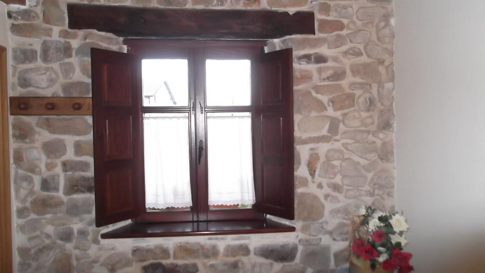 ventana-tapilla-carpinteria-zaballa-txorierri