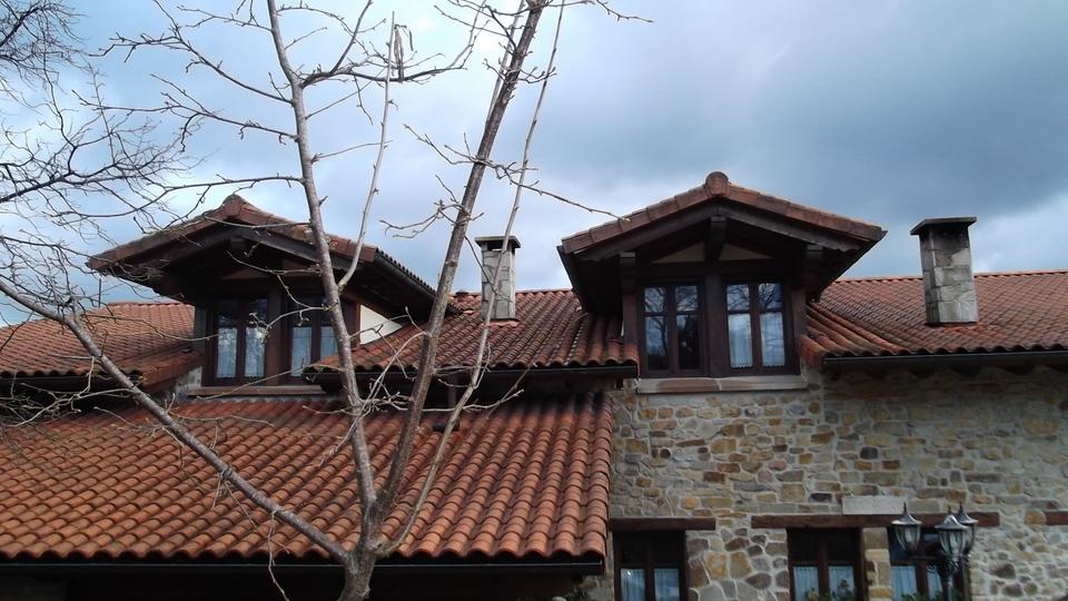 ventana-txori-toki-carpinteria-zaballa-vizcaya
